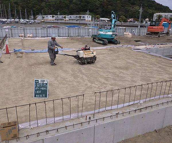 海陽ヨットハーバー整備工事 土間下 地盤改良工事2