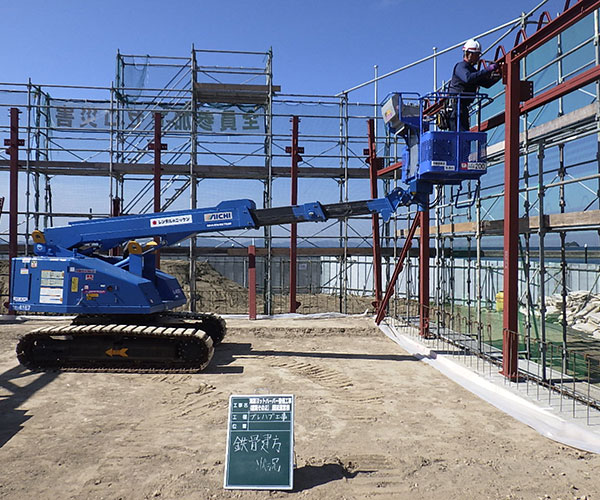 海陽ヨットハーバー整備工事 鉄骨建方状況1