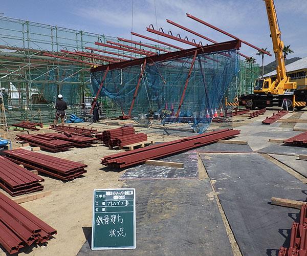 海陽ヨットハーバー整備工事 鉄骨建方状況2