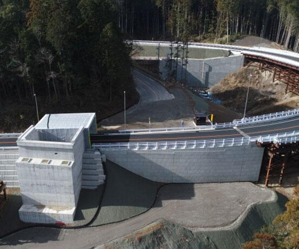 平成29年度 設楽ダム設楽根羽線1号橋下部工事 完了4